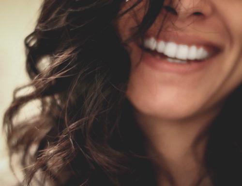 Protesi dentali fissa e mobile per la riabilitazione totale della bocca
